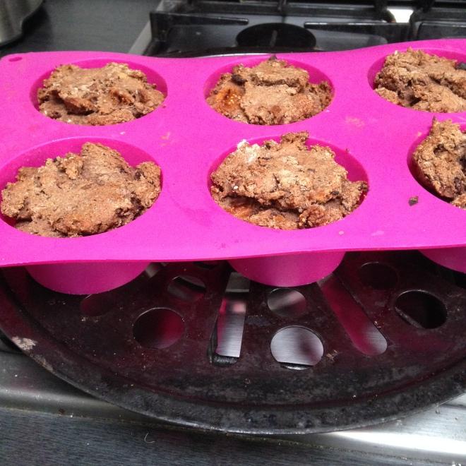 Normaalgezien moesten ze er uitziet als luchtige muffins. Hmm.