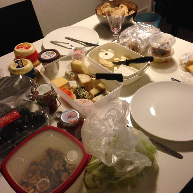 Dit was zondagavond. Tegen het einde van hete week was een kaas-coma nabij.
